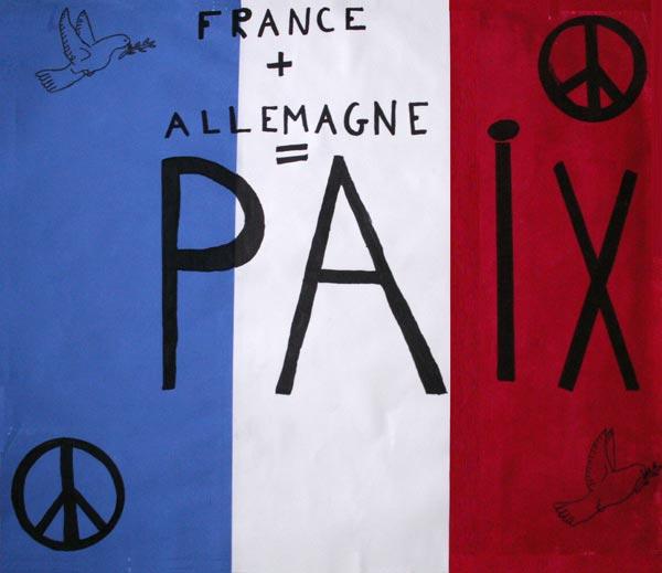 La paix est quelque chose d'important entre les pays européens dont la France et l'Allemagne qui ont été opposés à plusieurs reprises dans l'histoire. La colombe est un signe de paix, ainsi que le signe peace and love. Que cela dure !  (Classe de CM2, école de Vaubécourt, 55250 Vaubécourt).